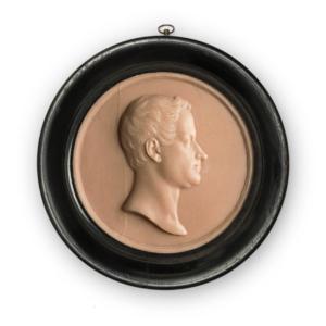 VITTORIO NESTI, Ritratto del Re Carlo Alberto, 1834. Fusione in cera rosa, diametro 13cm; cornice in legno verniciato nero e vetro, diametro 17.5cm